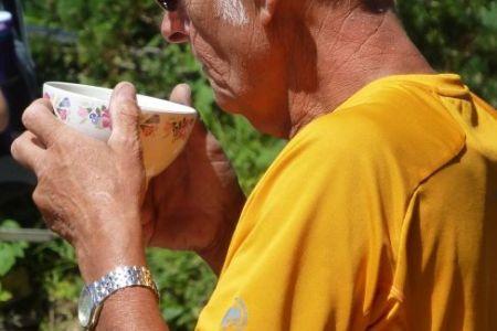 130_Koch-Willy-mit-Kaffee.JPG